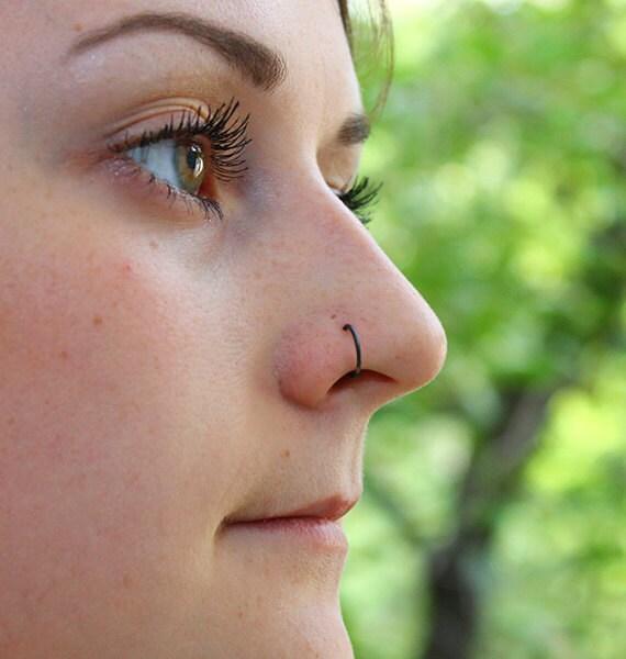 Nose Ring Black Silver nose stud 20 gauge Septum ring   570 x 600 jpeg 49kB