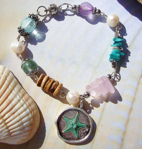 Beach Glass & Pewter Starfish Charm Bracelet, starfish jewelry, starfish bracelet, beach jewelry, beach bracelet, sea glass jewelry