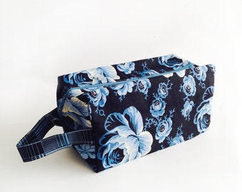 Boxy Bag Knitting Project Bag - Blue Rose