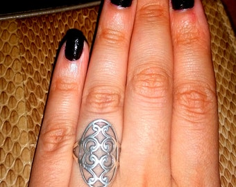 HOLIDAY SALE! Price REDUCED! 20% Off! Sterling Silver Scroll Ring, Size 5-6 marked 925