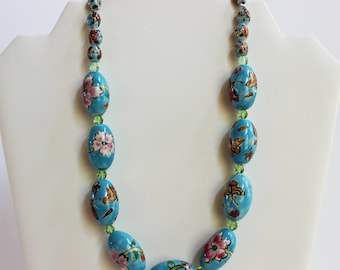 Vintage Flower Beaded Necklace
