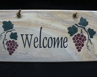 Welcome Sign - Grapes