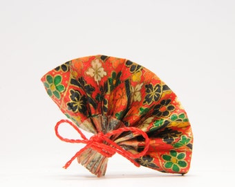 """Spindle range in origami """"Red Flamenco"""""""