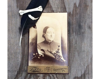 Vintage Funeral Cabinet Card - 1800s Funeral Photograph - Woman