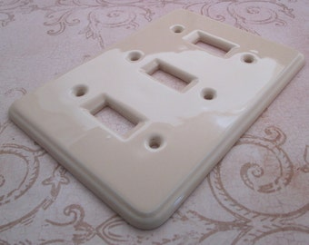 Switch Plate, 1970s, Decorative, Light Switch Cover, Ceramic switchplate, light switch, Three Toggle, switchplate, switch cover, triple