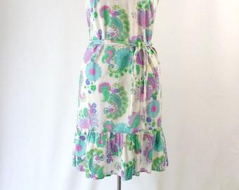 1960's Paisley Shift Dress Sleeveless Purple Green and White with Ruffled Hem Medium