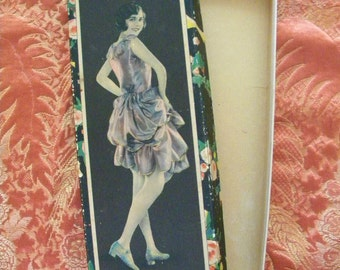Vintage 1920's Hosiery Box with Beautiful Flapper on Lid Empty Art Deco Box
