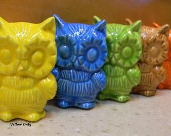 Modern Owl, Mid-Century Modern Ceramic Owl , Vintage 1960's Design - Yellow  Ceramic Mod Owl,  MCM decor  Ready to ship