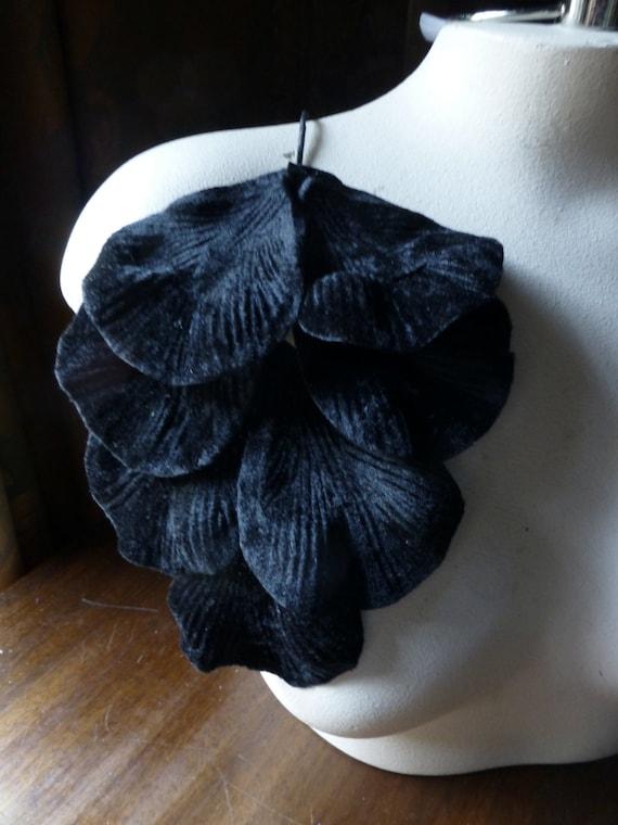 Velvet Leaves Large Black for Headbands, Fascinators, Floral Supply, Bridal, Costumes ML 76