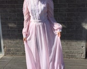 1970s Pale Pink Gunne Sax Hippie Boho Dress