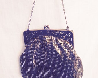 Vintage 1940s Art Deco Whiting and Davis Gold Mesh Evening Bag Purse
