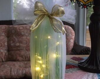 Lighted Wine Bottle, lighted wine bottles, wedding gifts, gift for mom, sister, wine bottles, wine bottle lamp, lighted bottles, wine decor