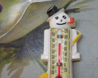 1940 Novelty Plastic Snowman w/ Thermometer Brooch Pin