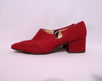60s Dark Red Shoes - Suede Leather - Mod Chunky Heels - Silver Tone Metal Ring - Sears - Vintage 1960s - 7 B