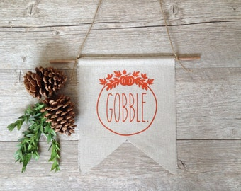 Thanksgiving Wall Decor Gobble Sign Autumn Harvest Wreath Fall Decor Sign Linen Wall Hanging Bunting Autumn Banner Pennant Rustic Home Decor