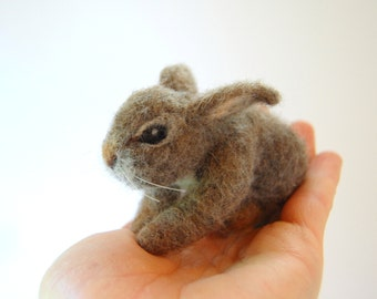 Needle Felted Rabbit. Cottontail Bunny. Baby Rabbit Toy. Felted Animal Figures. Cottontail Rabbit. Miniature Bunny. Miniature Rabbit.