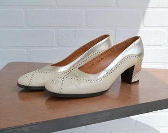 1960s Palizzio Metallic Spectator Heels, Size 7 1/2 AA