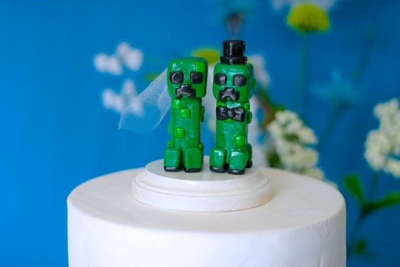 minecraft wedding cake creeper minecraft wedding cake toppers custom wedding cake 17387