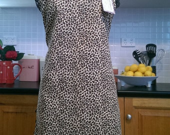 50's Rockabilly Bombshell Leopard Print Small Pattern / Black Lace Edged Reversible Pin Up Apron FREE OZ POST