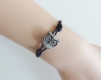 Owl Leather Bracelet, Genuine Leather Cord, Leather Bracelet, Available in Antique Silver and Antique Brass (14 Cord Colors Available)
