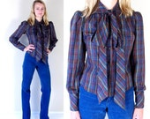 vtg 70s black RAINBOW PLAID neck tie BLOUSE Small fitted top boho secretary hipster ascot