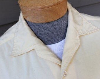 vintage 70's -Countess Mara- Men's short sleeve sport shirt. Styled in Italy. Faux shantung material in Soft Yellow. Medium - Large