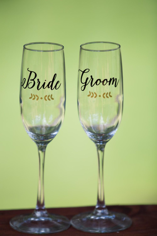 personalized wedding toasting flutes champagne glasses. Black Bedroom Furniture Sets. Home Design Ideas