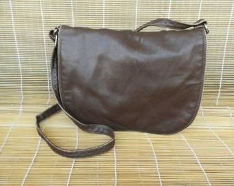 Vintage Dark Brown Leather Medium Size Shoulder Strap Bag Purse