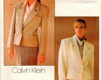 Vintage UNCUT American Designer CALVIN KLEIN Vogue Pattern 1804 - Misses Loose-Fitting, Lined, Above Hip Jacket with Two-Piece Sleeves - 14