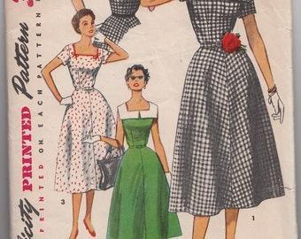 Fit and Flared Dress Pattern Simplicity 4650 Square Neckline/ V Shaped Back/ Contrast Collar /Vintage Swing Rockabilly Size 12 Bust 30