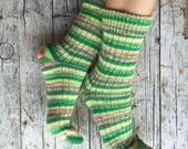 Wool knittned socks with stripes, unisex knit socks