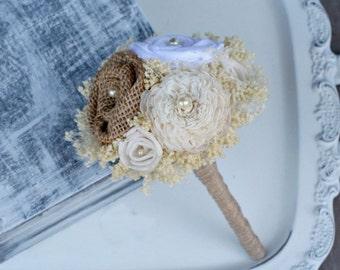 Natural Burlap Toss Bouquet // Cream Ivory, Mini Wedding Bouquet, White Flower, Sola Flower, Burlap Flower, Baby's Breath, Bridal Bouquet