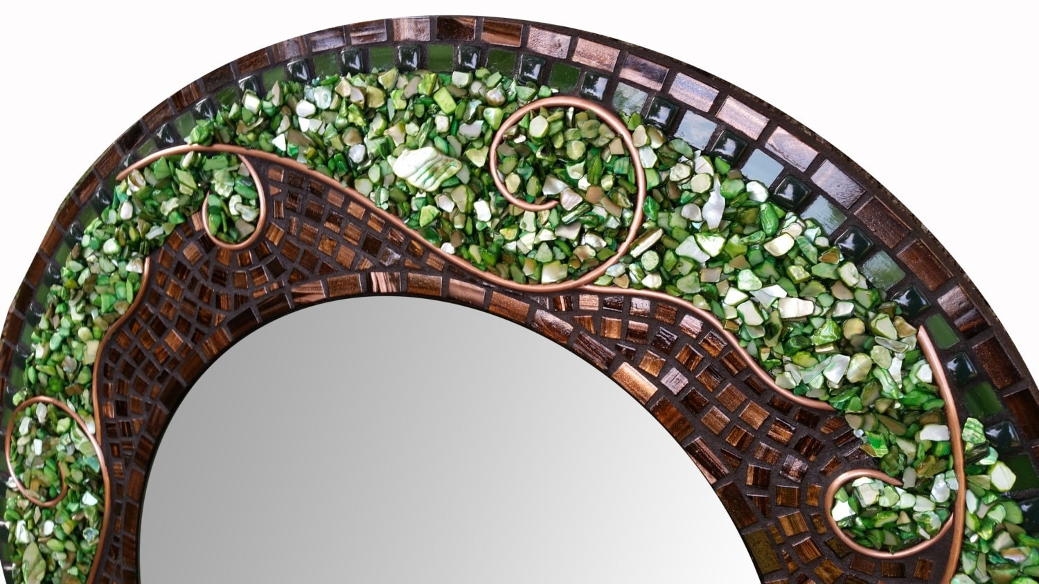 Large green mosaic mirror beautiful round mosaic art for Long glass mirror