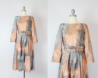 vintage 60s graphic jersey dress / 1960s SHANNON RODGERS dress / mixed print dress / grey and peach dress / Solo Show dress