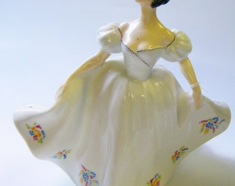"Vintage Royal Doulton Bone China Figurine ""Kate"" HN 2789"