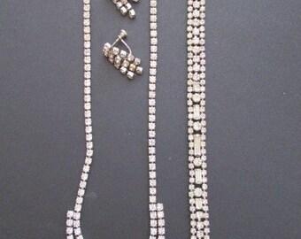 1980's RHINESTONE parure Necklace Earrings and Bracelet SET prong set silver tone Jd2-145