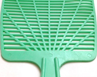 green . FLY SWATTER  //  Minty Green Plastic Adverstising Fly Swatter, G.E. Knierim Sales