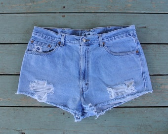 Distressed LEVI High Waisted Shorts Size , 38 Inches