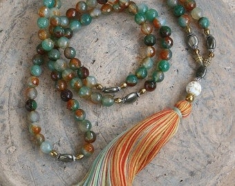 Beautiful faceted agate gemstone mala necklace