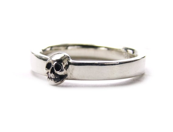 Skull Mens Wedding Ring Dainty Sterling Goth Groom Ring Psychobilly Wedding Band Wedding Set All Sizes Gift for Him