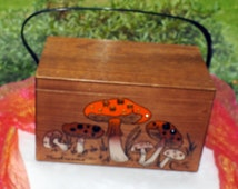 48 HR SALE! Vintage Enid Collins Purse - Mushrooms, Excellent Condition, Painted  Wood - 1960's - Stunning!