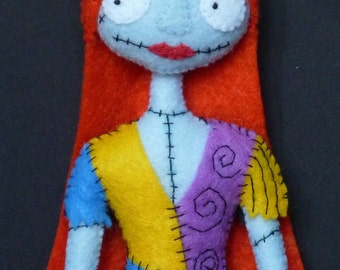 PDF pattern to make a felt Sally.