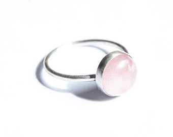 Handmade Rose Quartz ring, sterling silver, 10mm gemstone cabochon, pink ring