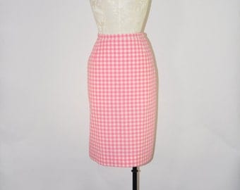 50s pink gingham skirt / vintage pencil skirt / 1950s fitted cotton skirt