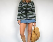Vintage 1970s Green & White Aztec Tunic Cardigan Jumper Sweater Grunge Hippie Boho Slouchy Small