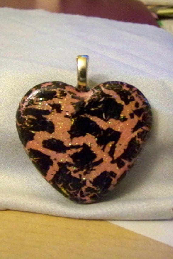Pendant - Heart Pink Crackle