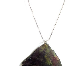 Real flower petal pendant necklace dark purple