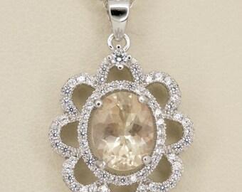 1.6ct Champagne Sunstone Sterling Silver Pendant (S2439P)