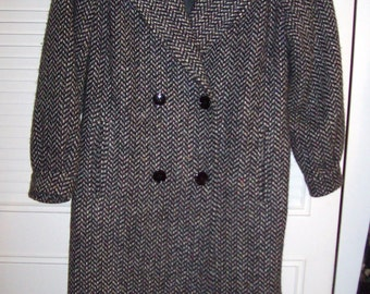 Vintage Heavy Winter Herringbone Tweed All Wool Great Britain Coat  16