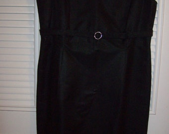 Vintage Talbot's Little Black Evening Dress.  Lovely Understated Party Dress Petite 12